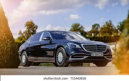 """Mercedes-Benz Maybach 2017 06 september Castel""""Mimi"""" . Moldova."""