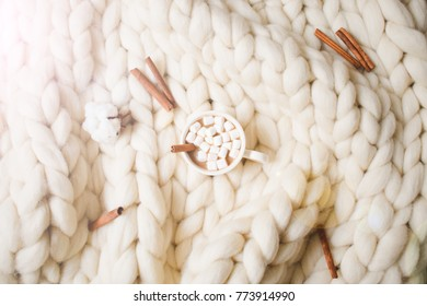 Merino wool handmade  knitted blanket with cup