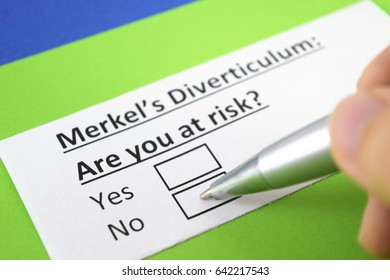 Merkel's diverticulum: are you at risk? Yes or no