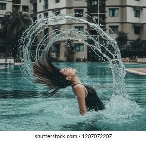 The mermaid hair flick