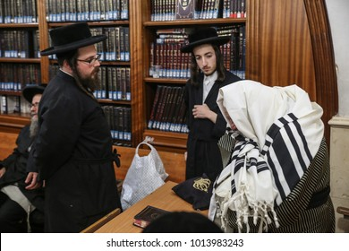rabbi new york Images, Stock Photos & Vectors | Shutterstock