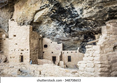Mesa Verde NP is a National Park and World Heritage Site located in Montezuma County, Colorado. It protects some of the best preserved Ancestral Puebloan archeological sites in the United States.