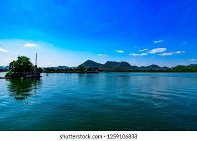 Mesmerizing view of Fateh Sagar Lake situated in the city of Udaipur, Rajasthan, India. It is an artificial lake constructed north-west of city, named after king Fateh Singh of Udaipur.