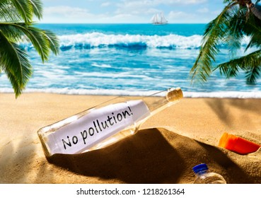 Message in a bottle with the message No pollution on a beautiful tropical beach