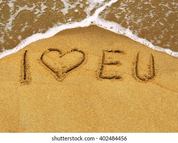 The message I love EU in the sand at the beach