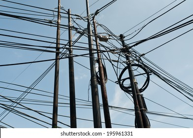 messy electricity cable