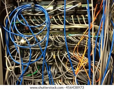 Phenomenal Messy Lanutp Cable Fiber On Network Stockfoto Jetzt Bearbeiten Wiring Cloud Usnesfoxcilixyz