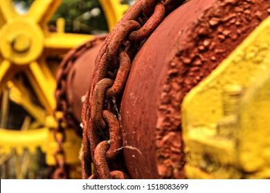 Metal, chains, color (macro photo)