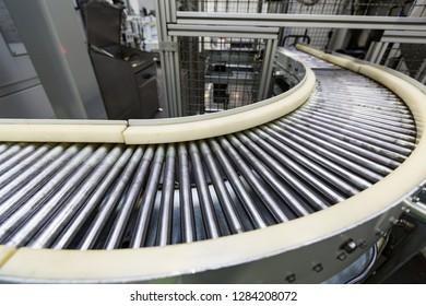 metal conveyor belt manufacturing