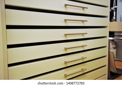 Metal drawer unit, office furniture for archiving architecture plans