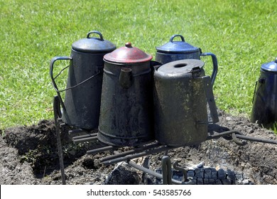 Metal kettles - 19th Century - Antiques - Camping