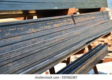 metal quadratic profile lies in heap