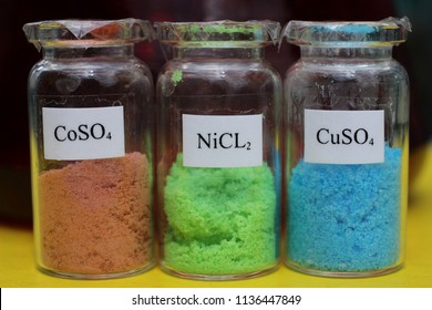 Metal salts: brown cobalt sulfate, green nickel chloride, blue copper sulfate, these substances are used in electroplating and for the preparation of electrolytes.