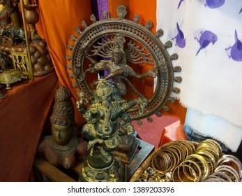 Metallic idols of Indian godess for sale at Delhi/Dilli Haat