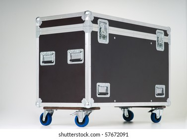Metallic rivets of a road case (for transporting music and lightning equipment)