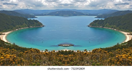 metaphor of paradise, of vacations, symmetrical photograph of beach of the North of Galicia, Bares, Spain, visual allegories, visual metaphors, photographic allegories, photographic metaphors,