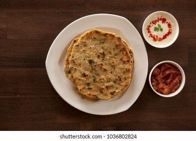 Methi missi roti is a healthy version of traditional missi roti. Spicy Indian flatbread made with fenugreek leaves.