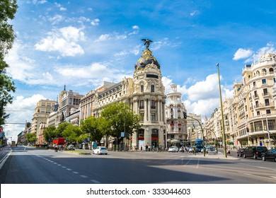 =Metropolis hotel in Madrid in a beautiful summer day, Spain