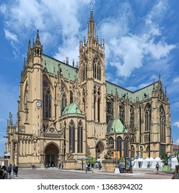 METZ, FRANCE - MAY 15, 2018: Cathedral of Saint Stephen of Metz. View from Place d'Armes on the south-east facade. The present Gothic building was built in 1220-1550 and consecrated on April 11, 1552.