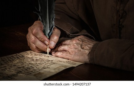mevieval writer Hands with letter