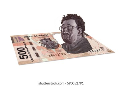 Mexican 500 pesos with man diego rivera crying getting up from banknote