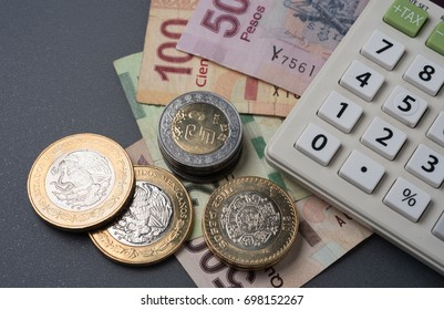Mexican coins and bills