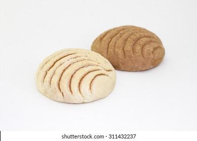 Mexican concha bread