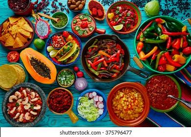 Mexikanischer Lebensmittelmix, bunter Hintergrund
