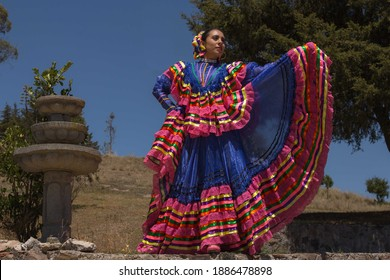 Mexican model dressed in a tipical  dress from Jalisco state
