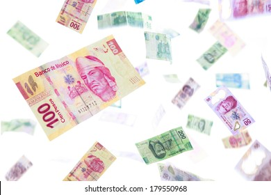 Mexican pesos falling, bills of 20, 50, 100, 200 and 500