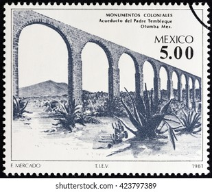 """MEXICO - CIRCA 1981: A stamp printed in Mexico from the """"Colonial Architecture """" issue shows Father Tembleque Aqueduct, Otumba, circa 1981."""
