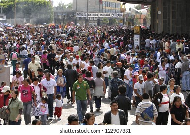 MEXICO CITY, MEXICO - DECEMBER 12:  Over six-million people visit the Basilica of Our Lady of Guadalupe on December 12, 2012 marking a new attendance record