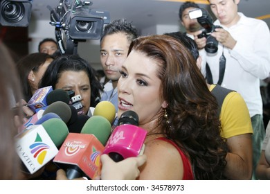 Alicia Machado kön video