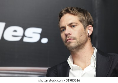 MEXICO CITY, MEXICO- MARCH 27: Actor Paul Walker attends the 'Fast & Furious' photo call  & press conference at the Marriot Hotel on March 27, 2009 in Mexico City.