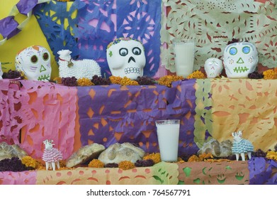Mexico, Guanajuato, San Miguel de Allende, Day of the Dead Altar