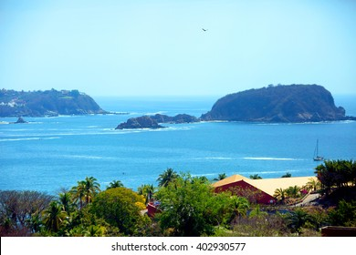 Mexico. Huatulco Bay Huatulco is a picturesque Paradise with amazing mountains, slopes, valleys and abundant vegetation, beautiful beaches.