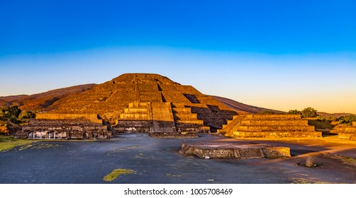 Mexico. Pre-Hispanic City of Teotihuacan (UNESCO World Heritage Site). The Pyramid of the Moon shined in sunset light