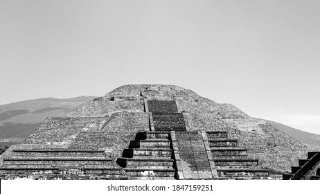 Mexico, Trip at Teotihuacan Pyramids