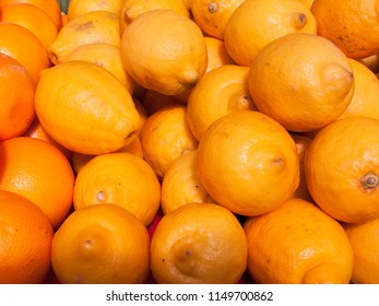 Meyer lemon Citrus, meyeri fruits for sale at marketplace