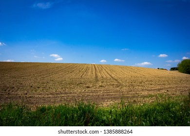 Miallet, Dordogne/France - 05/01/2019 : A field for agriculture