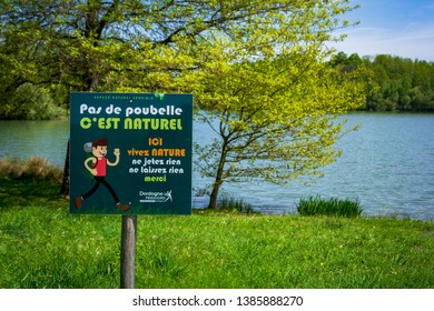 Miallet, Dordogne/France - 05/01/2019 : On the edge of the Miallet lake, a sign indicates respect for nature