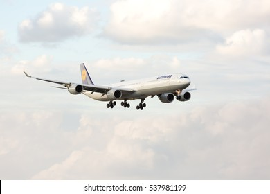 MIAMI, USA - DECEMBER 17, 2016: A Lufthansa Airbus A340-300 landing at the Miami International Airport.