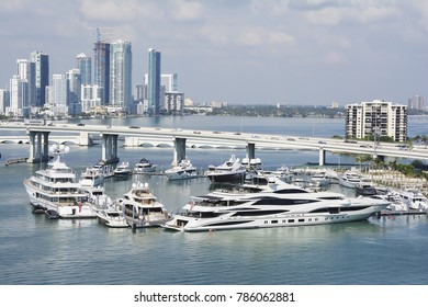 MIAMI, USA - DECEMBER 22, 2017: Yatchs in the water at the port.