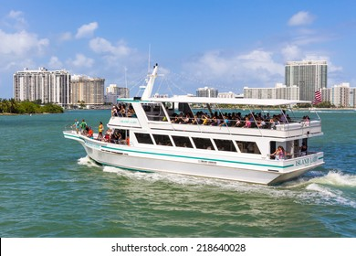 MIAMI,USA - AUGUST 26, 2014 : Sightseeing tour aboard a cruise ship in Biscayne Bay