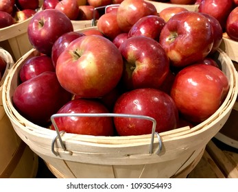 Michigan Macintosh Apples
