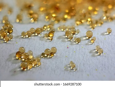 Microbeads of ion-exchange resin - polymer