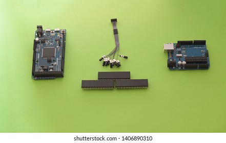 Microchips, microcontrollers and other components and electronics