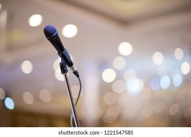 microphone on stage, speaker,