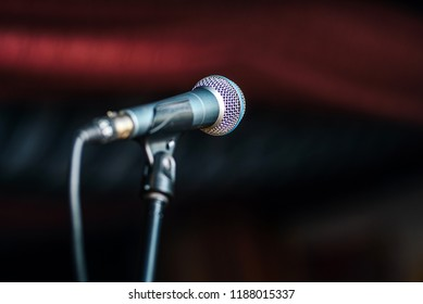 Microphone setting for an event