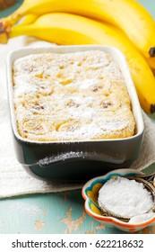 microwave banana pudding.selected focus